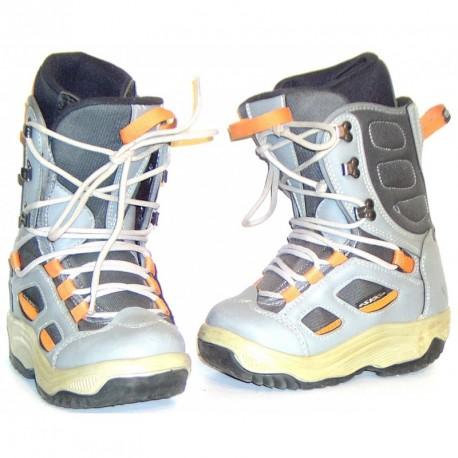 Rave boardcipő 210-01