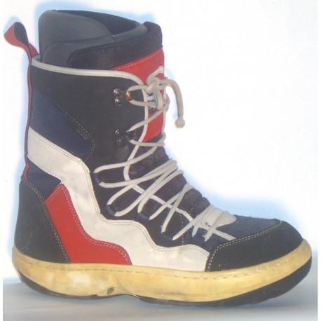 Snowboard cipő 300-3
